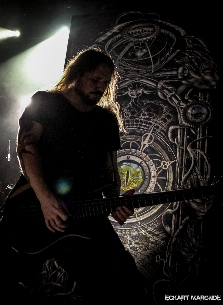 25-years-of-musical-deviance-2014-meshuggah-fzw-dortmund-017